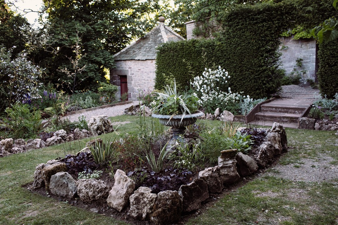 The New Black and White Garden